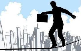 Haces Equilibrios para poder controlar la administración de tu organización?